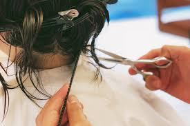 これからの新常識に硬くて多い膨らむ髪がショートヘアに最適だった