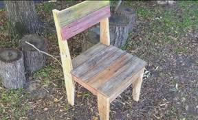 using pallets to make furniture. Chair Using Pallets To Make Furniture
