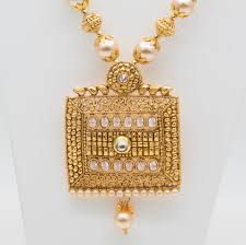 antique gold necklace set with moti mala