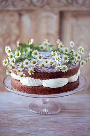 Three Beautiful Cakes For That Special Summer Occasion Independentie