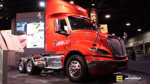 2018 International RH 613 Truck - Walkaround - 2017 NACV Show Atlanta