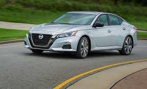 Nissan Altima New Design 2020 Nissan Altima Review Pricing And Specs