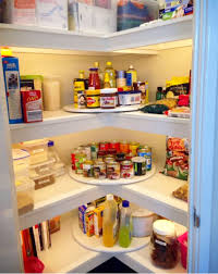 love the idea to use a lazy susan in the corners of your pantry great