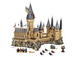 <b>Hogwarts</b>™ Castle 71043 | Buy online at the Official <b>LEGO</b>® Shop US