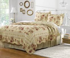 Amazon.com: Greenland Home Antique Rose Full/Queen Quilt Set: Home & Kitchen