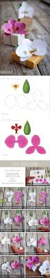 day orchid decor: how to make paper orchids tutorial and free printable from ellinace the white