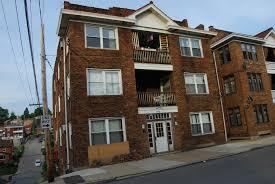 Download Small Brick Apartment Building  Gen4congresscomSmall Old Apartment Building