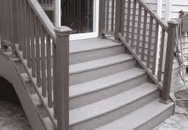 to build steps with composite decking