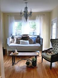 how to turn old doors into a daybed