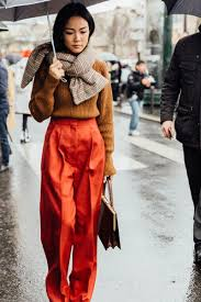 Pfw Street Style Love These Warm