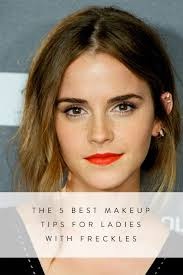 the 5 best makeup tips for las with freckles tips tricks emma watson makeup and hair