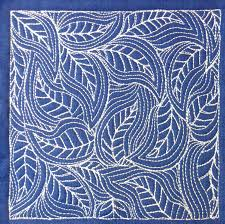 The Free Motion Quilting Project: Day 364 - Flowing Leaves & free motion quilting | Leah Day Adamdwight.com
