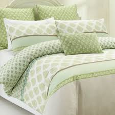 Pin by Cheryl smyth 2 on â?? GREEN â?? | Pinterest | Quilt cover ... & Take some time to get back to nature with the charming botanical motif of  this marvellous quilt cover set. Adamdwight.com