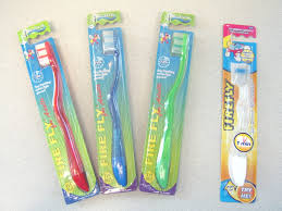 Light Up Toothbrush For Adults Firefly Toothbrush Review The Gadgeteer