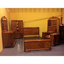 Exceptional Art Deco 4 Piece Waterfall Anique Bedroom Set