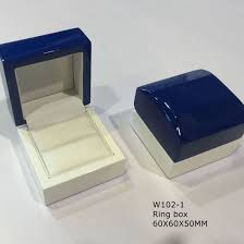 two colors elegant wooden jewelry ng box wood crafts