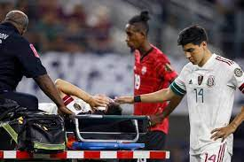 game with Hirving Lozano injury ...
