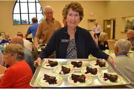 PHOTO GALLERY: Christ Church Wednesday night dinner - Patty Dunham ...