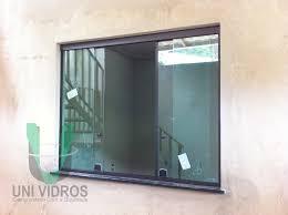 Proteção para portas e janelas 74. Janela 4 Folhas Em Vidro Temperado Verde 8mm Aluminio Preto Uni Vidros