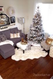 Xmas Decoration For Living Room 25 Best Ideas About Apartment Christmas Decorations On Pinterest