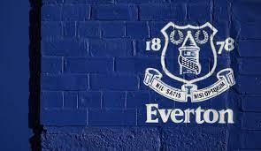 Everton bestätigt Suspendierung eines Spielers wegen polizeilicher  Ermittlungen