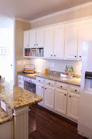Granite With Cream Cabinets Bianco Romano Granite Countertop Beige Kitchen Cabinets With