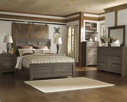 Juararo Bedroom Set By Ashley
