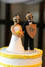 best ucf weddings images ucf knights dream  ucf alumni wedding cake made by artist not a requirement i
