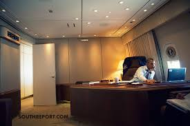 air force 1 office. president obama at work aboard airforce one enroute mexico air force 1 office p
