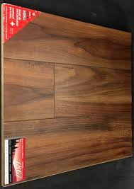 american walnut d2300 10mm laminate flooring image