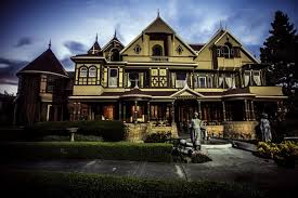what motivated sarah winchester to build the winchester mystery house spirits freemasonry guilt