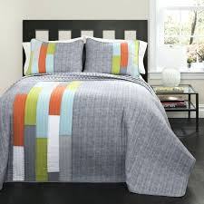 This Handy Chart Provides You With The Suggested Quilt Sizes For ... & ... Full size of Size Of Twin Quilt In Cm Twin Size Boys Quilt Bedspread  Bedding Stripped Adamdwight.com