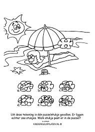 Kleurplaat Parasol Strand Schelp Spelletjes