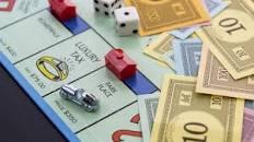 Image result for بازی هایی که پول میدهند