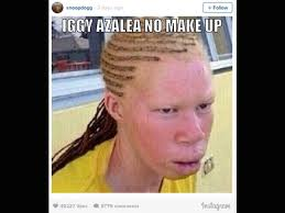 it all started when snoop dogg posted a meme of iggy azalea on insram showing how iggy looks without makeup and this did not go well with the latter