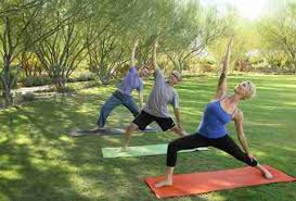 yoga on the lawn sunnylands palm springs