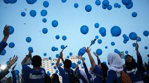 Lagu aku anak indonesia diciptakan oleh at mahmud: Dua Versi Lagu Balonku Ada Lima Pak Kasur Dan At Mahmud Ada Perbedaan Warna Balon Halaman 2 Tribun Jateng