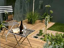 design a garden. Contemporary Garden Design A
