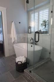 35 Irresistible Bathroom Ideas With Freestanding Bathtub Decoholic ...