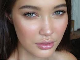 we ve all seen countless tutorials about achieving the perfect no makeup look