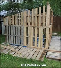 beautiful diy shed using pallets