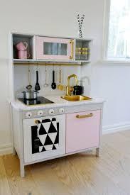 IKEA DUTKIG Play Kitchen Makeover