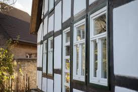 Klassische Holzfenster Für Denkmalschutz Mit Sprossen Kämpfer Und