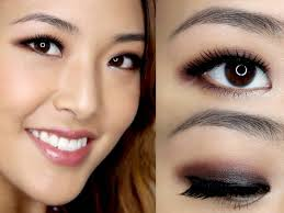 smoky eye who said this make up doesn t work on asian eyes women with monolids can use it with confidence because this type of eye make up looks just