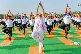 4th international yoga day 2018 was organised with much fervour today across india from siachen to kanyaari students jawans politiers