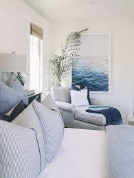 coastal bedroom decorating