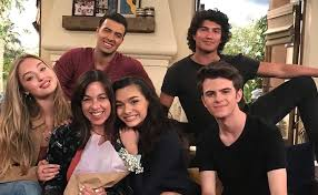 Here's What We Know About the New Netflix Show 'The Expanding Universe of Ashley  Garcia' | BeLatina