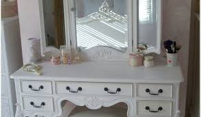 Full Size of Table:dressing Tables With Mirrors 28 Beautiful Decoration  Also Modern Dressing Table ...