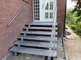 Dennert geradläufige treppen mit angeformtem podest oben und unten werden meist in gegenläufigen treppenhäusern eingebaut. Treppengalerie Bilder Gefertigt Von Treppen Stubing
