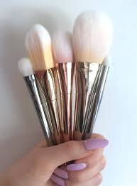 real techniques bold metals contour brush. bold metals brushes real techniques contour brush 0